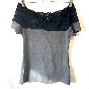 H&M | gray t-shirt with black lace at the top